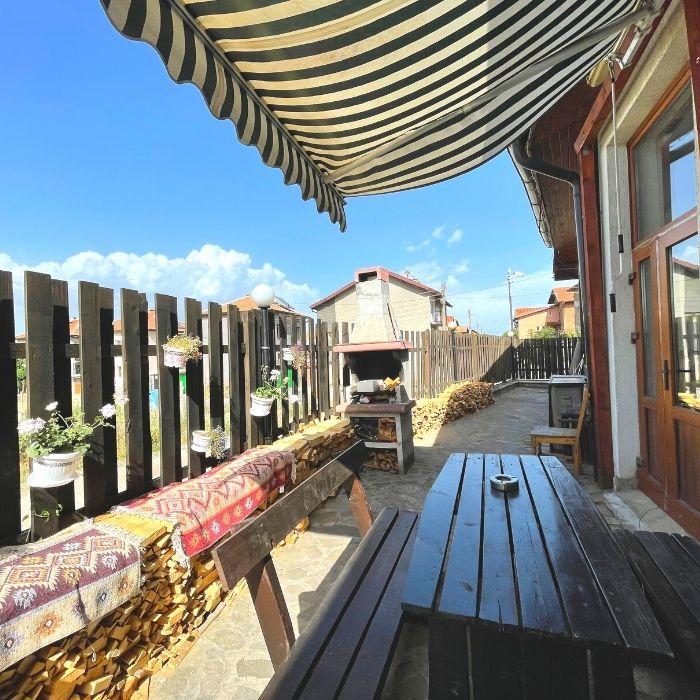 four leaf clover bansko apartments for rent in bulgaria for digital nomads