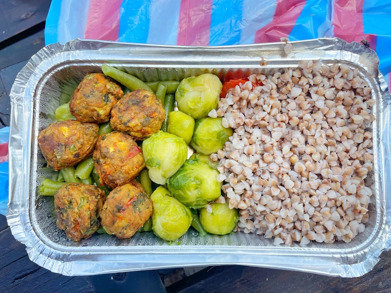 chalet yanitsa delivery bansko vegan food in bansko