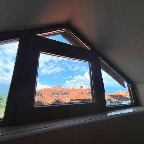 four leaf clover bansko digital nomad roof bedroom